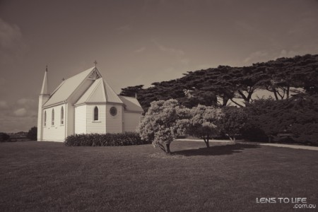 Phillip_Island_Wedding_Trenavin_Chapel013