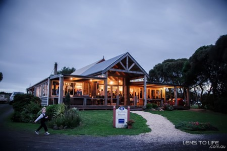 Phillip_Island_Wedding_Trenavin_Chapel027