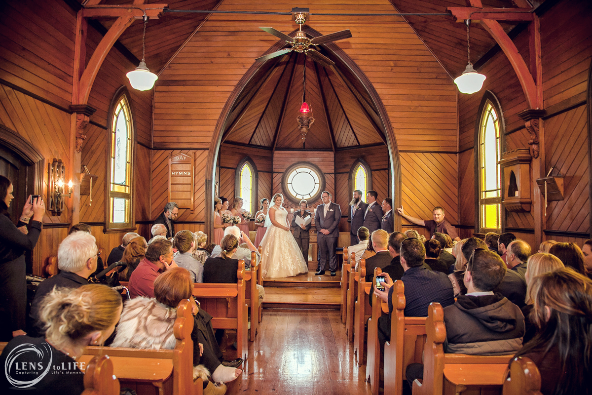 trenavin_chapel_wedding010